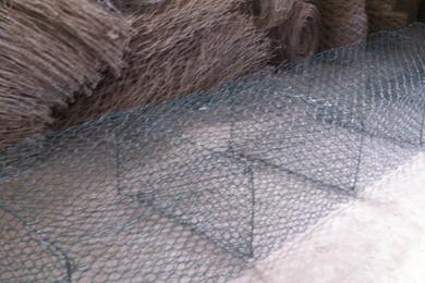 护岸铅丝笼