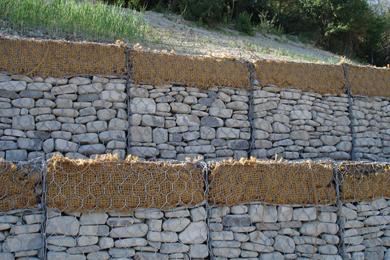 石笼网挡墙